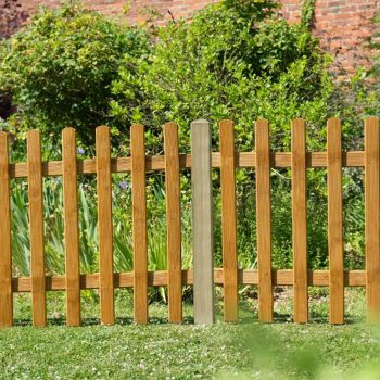 Hartwood 3' x 6' Picket Fence Panel