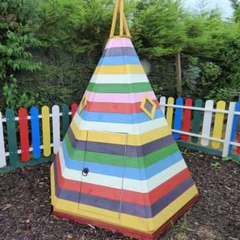 Loxley 7' x 6' Toffee Playhouse