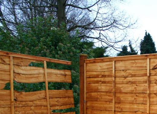 How to Replace a Broken Fence Panel