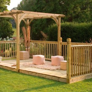 Garden Decking Ideas – Is Decking My Garden a Good Idea?